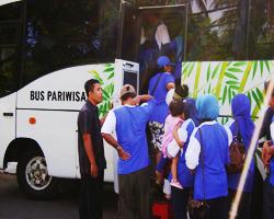sewa bus murah di lombok